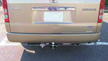 トヨタ ハイエースワゴンワイド(型式:CBA-TRH224W) ヒッチメンバー取り付けレポート