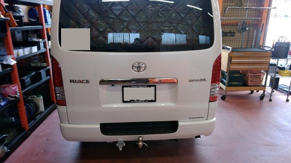 トヨタ ハイエース バン200系 ヒッチメンバー取り付けレポート